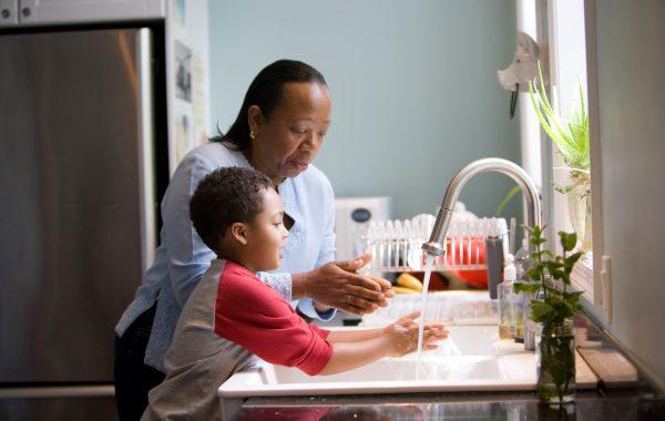 ¿Tus hijos se lavan las manos correctamente?
